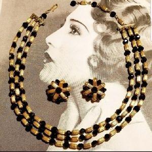 Vintage gold tone black faceted glass necklace
